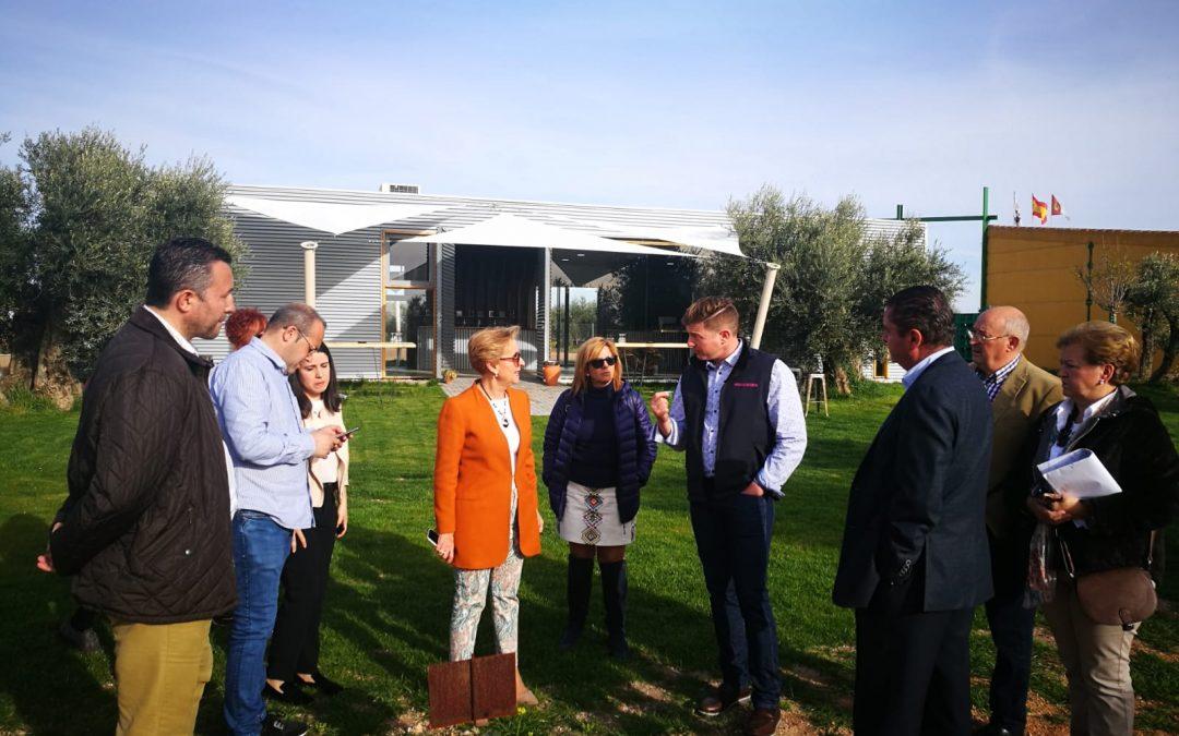 La Diputada Carmen Quintanilla visita Finca La Oliveta