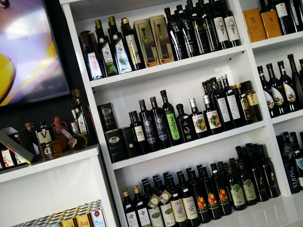 aceites juventud en la tienda de madrid del patromonio comunal olivarero 2