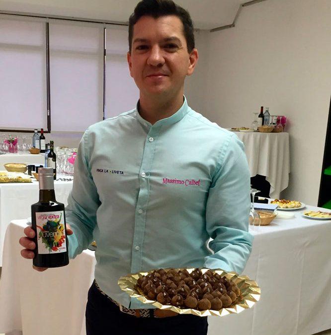 Nuestro compañero Massimo Calbet representando a Finca La Oliveta
